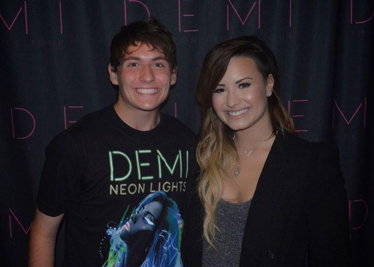 Gean Zanelato e Demi Lovato.